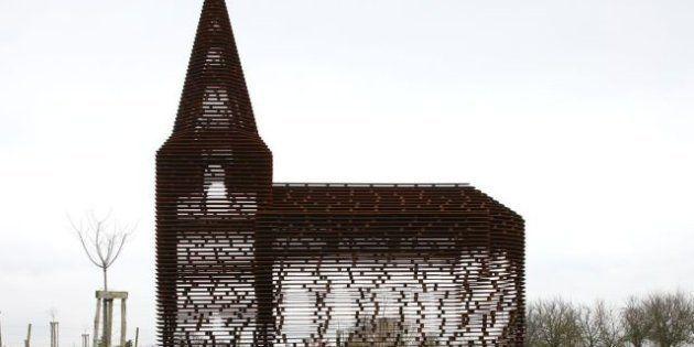 PHOTOS. Une église bâtie comme un mirage à Looz en