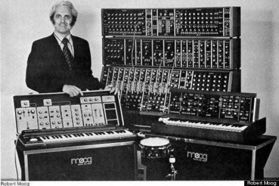 Hommage à Robert Moog avec un doodle synthétiseur sur