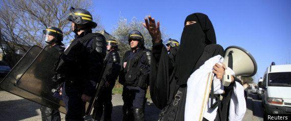 Mohamed Merah: rassemblement pour honorer sa mémoire à Toulouse, une trentaine de personnes