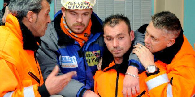 Florange: occupation du site par les métallos, Fos-sur-Mer bloqué, appel à la grève à