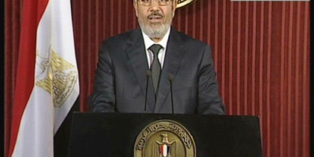 Égypte: Morsi appelle l'opposition à un dialogue samedi au palais présidentiel du Caire, de nouvelles...
