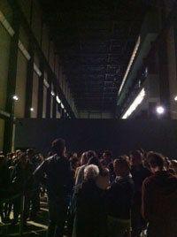 À la Tate Modern, Damien Hirst joue à la roulette