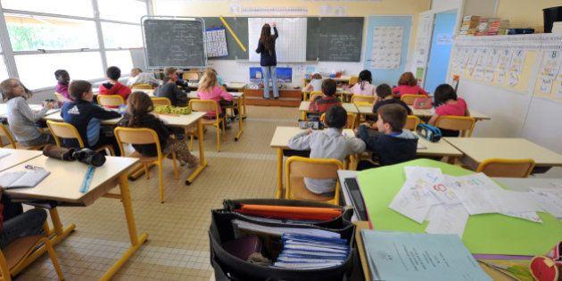 Vincent Peillon annonce 1000 postes d'enseignants en zones