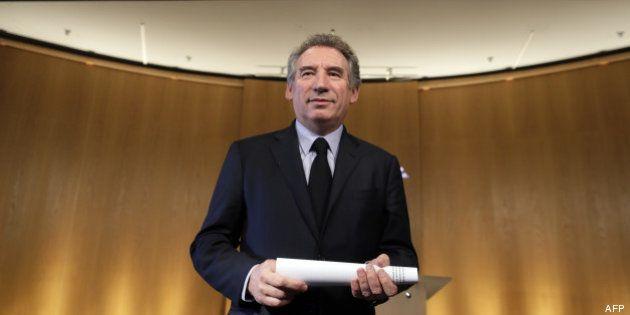 Gouvernement d'union nationale: près de 4 Français sur 5 sont pour, Bayrou