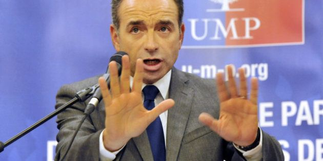 UMP: Jean-François Copé rend coup pour coup à Fillon dans une tribune, Edouard Balladur s'en