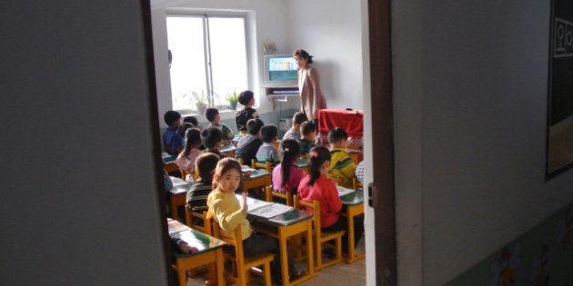 Chine: un homme poignarde 22 enfants devant une école de la région du