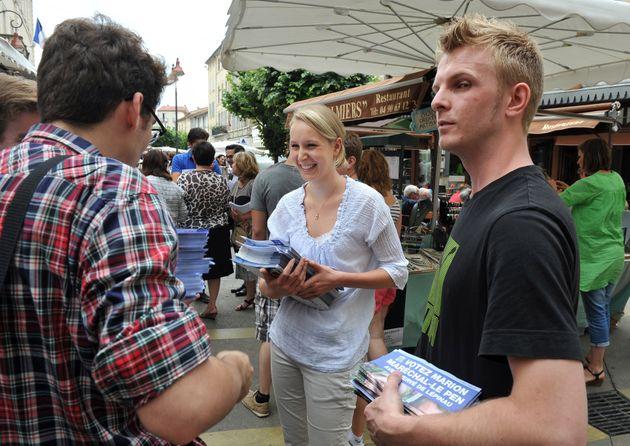 REPORTAGE. Législatives 2012: entendu au marché avec Marion Marechal-Le Pen, candidate dans le