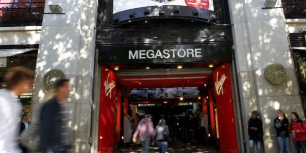 Virgin Megastore des Champs Élysées : la direction présente un projet de résiliation du bail du