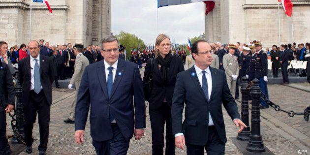 PHOTOS. François Hollande célèbre le 8 mai sur les Champs-Élysées à