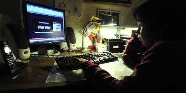 Protection des mineurs : Facebook, Habbo Hotel, Skout... l'inquiétante dérive des réseaux