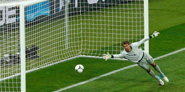 VIDÉO. Équipe d'Angleterre à l'Euro 2012: Andy Warhol ressuscité par une journaliste sportif de