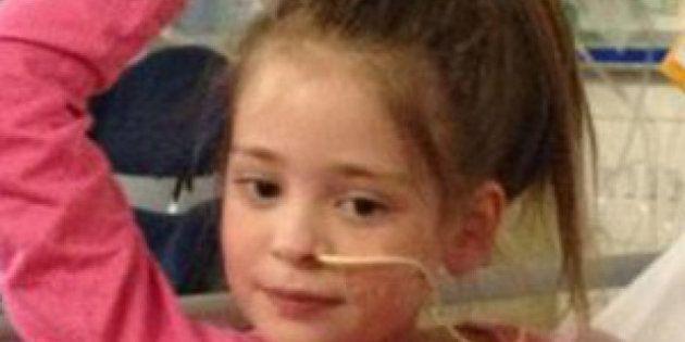 PHOTOS. Une petite fille se réveille du coma après avoir entendu la chanteuse