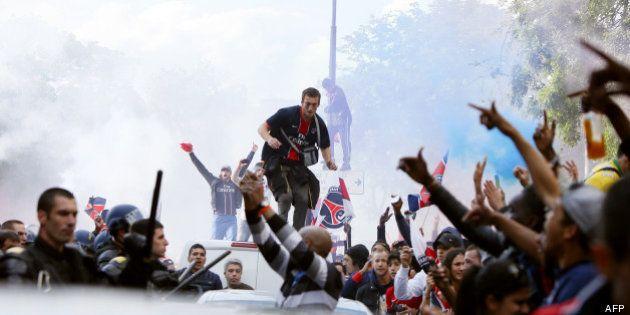 Revivez la cérémonie gâchée du PSG qui a reçu le trophée de Champion de France, la fête a été gâchée...