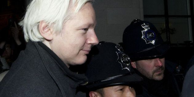 WikiLeaks: Julian Assange demande l'asile politique à