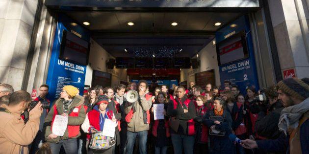 PHOTOS. Paris: grève au Virgin Megastore des Champs-Elysées contre le projet de