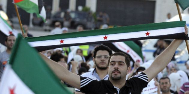 Syrie: formation d'un nouveau gouvernement à Damas et un avion turc