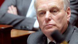 Ayrault renouvelle sa confiance à Valls et au préfet de