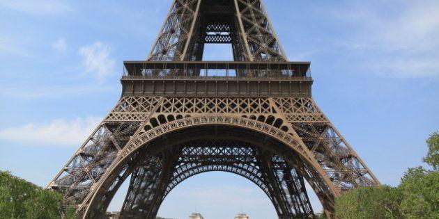 Une femme tente de se suicider en escaladant la Tour Eiffel, deuxième cas de ce genre en deux