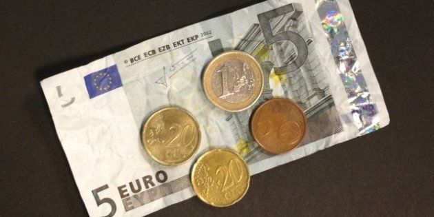 Le Smic augmentera de 2% au 1er juillet, soit 21,50