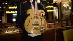 À qui a appartenu cette guitare vendue 408.000