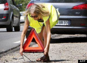 PHOTOS. Les équipements de sécurité obligatoires en voiture ou à la