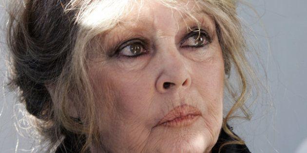 Russie: Brigitte Bardot menace aussi de s'exiler... pour sauver les éléphants Baby et