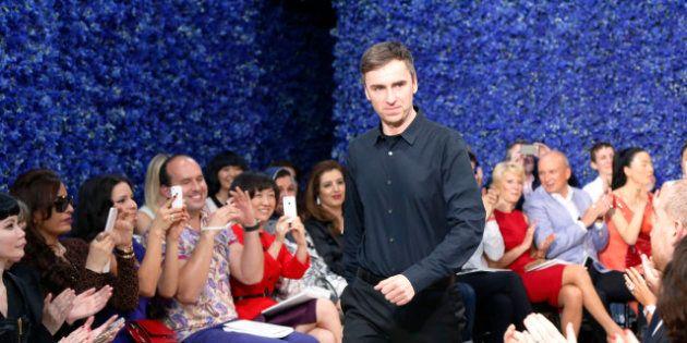 PHOTOS. Raf Simons fait défiler Dior: une première vue de