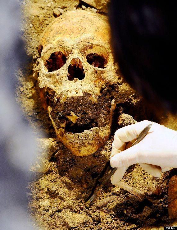 PHOTOS. Le squelette de Mona Lisa finalement exhumé par des archéologues