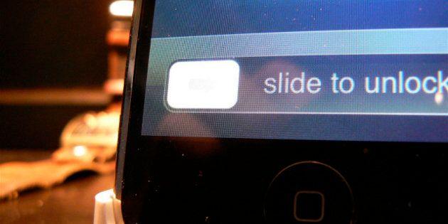 Guerre des brevets : HTC gagne la bataille contre Apple sur la technologie de déverrouillage des
