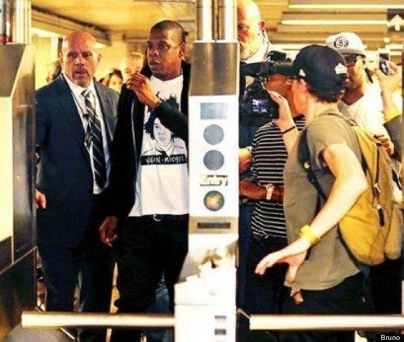 VIDÉO. PHOTOS. Jay-Z prend le métro pour aller donner un