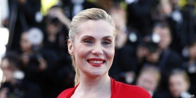 PHOTOS. Cannes 2013: Emmanuelle Seigner et sa robe