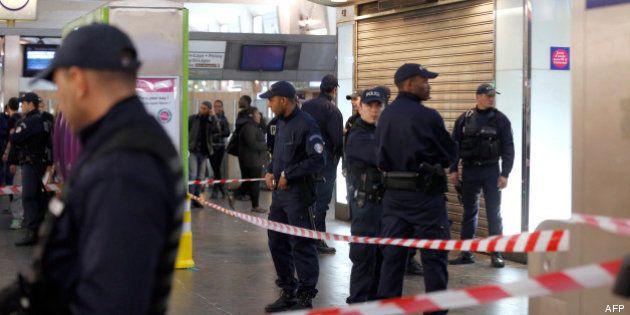 VIDÉOS. Militaire poignardé dans le quartier de la Défense, le parquet antiterroriste