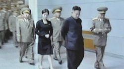 Qui est cette femme qui suit partout Kim