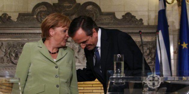 En visite à Athènes, Angela Merkel salue les