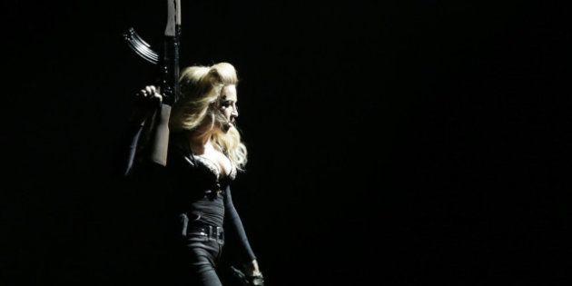 Madonna diffuse la vidéo de Marine Le Pen lors de son concert au Stade de France -