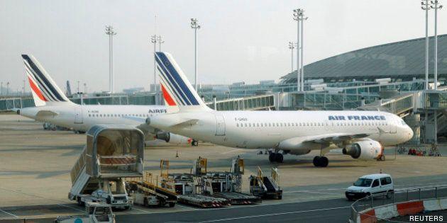 Aéroports de Paris: L'Etat poursuit ses ventes de participations
