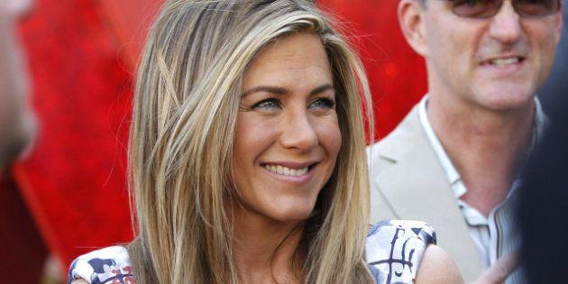 Jennifer Aniston sans
