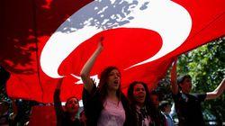 Turquie: les manifestants maintiennent la