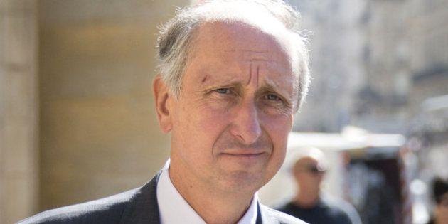 Affaire Bettencourt: Philippe Courroye va porter plainte pour violation du secret de