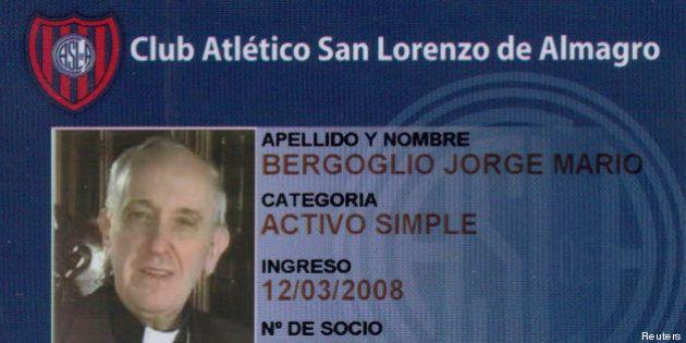Le pape François, supporteur du club de foot de San Lorenzo, continue de payer sa cotisation au