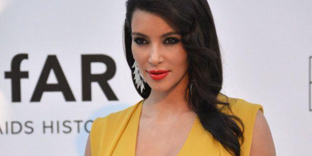 Kim Kardashian reconnaît sa faute de goût: elle aurait dû porter une veste plus courte et plus
