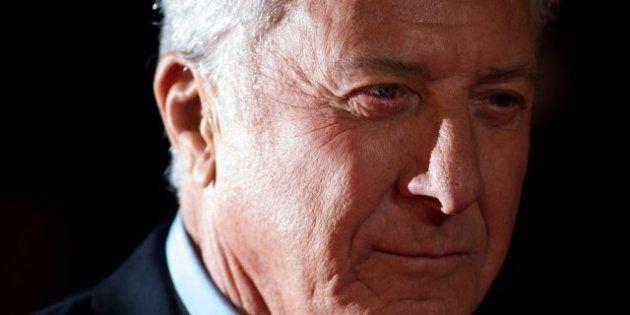 VIDÉOS. Dustin Hoffman prend position contre les armes à feu et critique