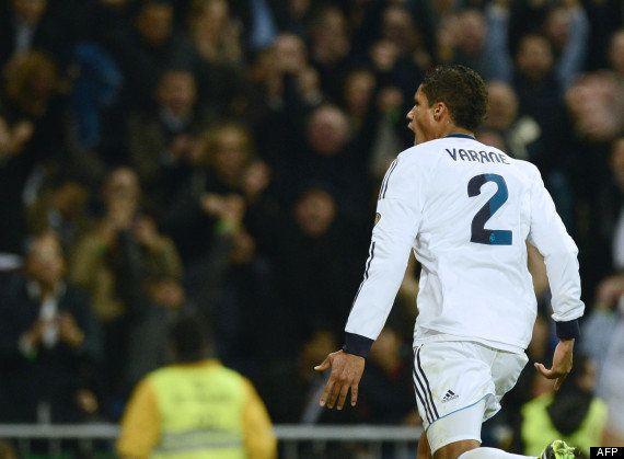 VIDÉO. PHOTOS. Football: Raphaël Varane, 19 ans, éclabousse Real