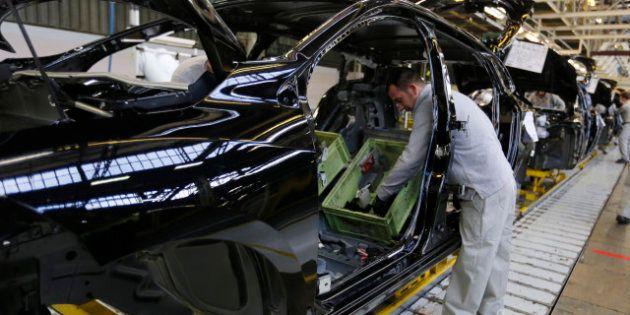 Ventes de voitures en France: PSA et Renault continuent de