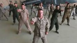 Des Marines reprennent le tube de