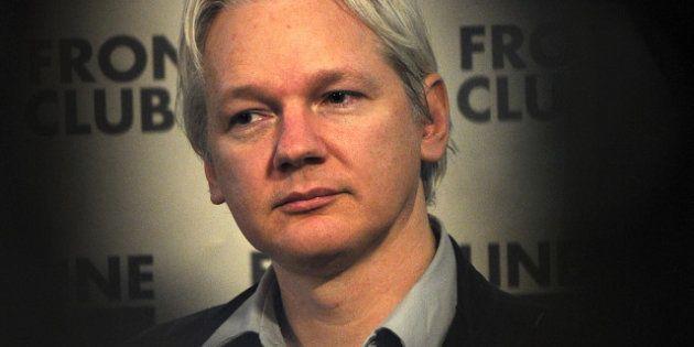 Jeremy Renner pourrait être Julian Assange dans un film dédié au fondateur de