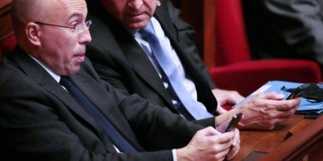 Quand Twitter s'invite sur les bancs de l'Assemblée nationale pendant le débat sur le mariage