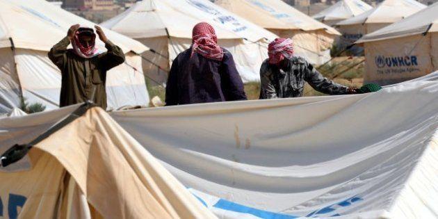 VIDÉO. Des milliers de syriens continuent de fuir les combats vers les pays