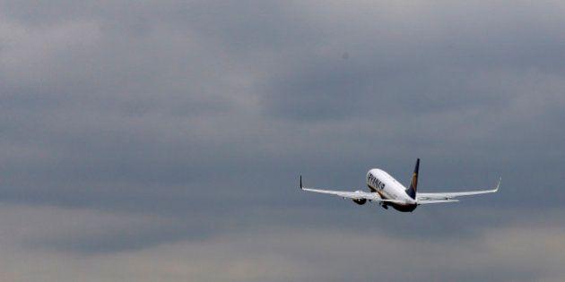 Pilotes inquiets, sécurité contestée, relation client maladroite... journée noire pour