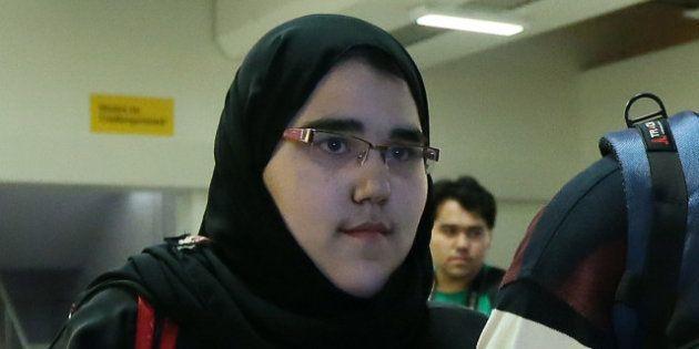 PHOTOS. La judokate saoudienne autorisée à combattre tête couverte avec son hijab aux Jeux